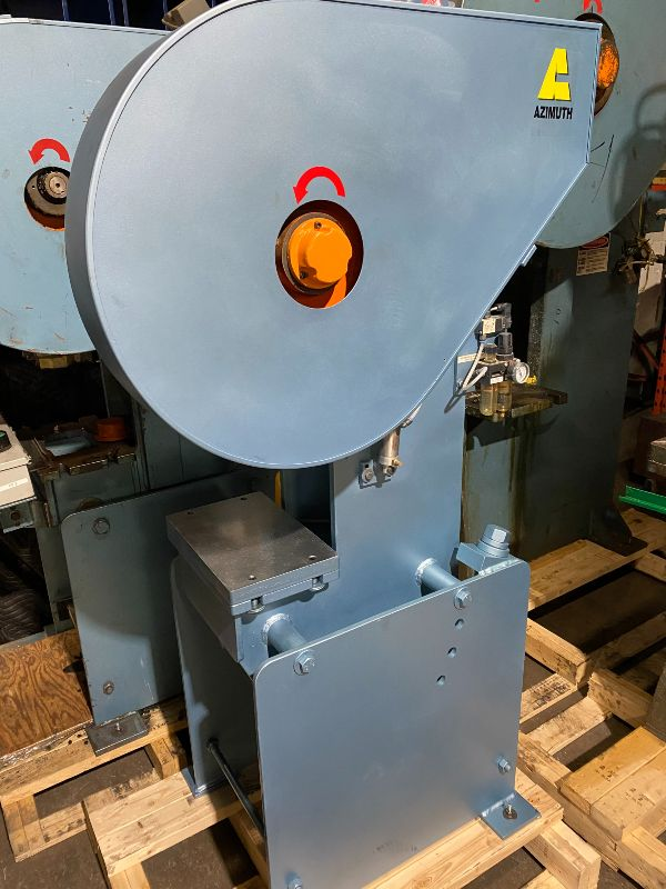 USED 10 tons press Full-revolution